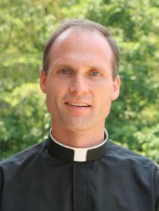 fr._tom_vanderwoode
